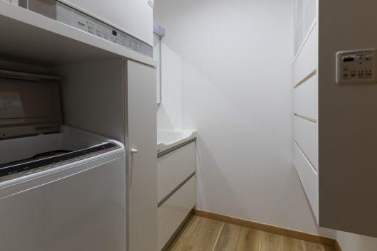 ガス衣類乾燥機を設置。