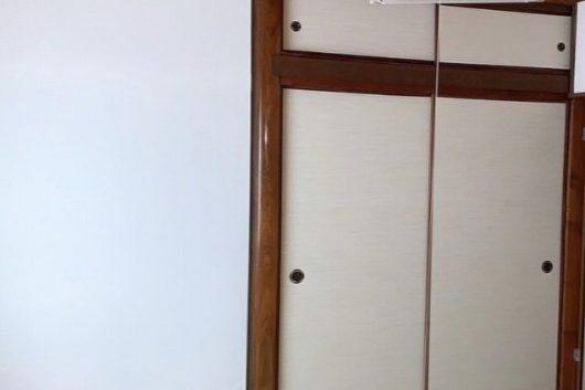 【after】プライバシー空間の2Fということもあり、扉ではなくロールスクリーンでの目隠しをご提案。風通しもよく、明るく仕上がりました。